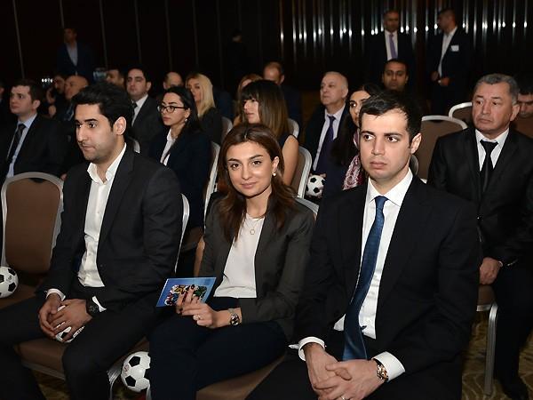 Riad Rəfiyev Elxan Məmmədovla bir komandada -