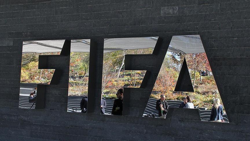 FIFA klub prezidentini futboldan ömürlük uzaqlaşdırdı