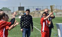 https://www.sportinfo.az/idman_xeberleri/qalmaqal/71036.html