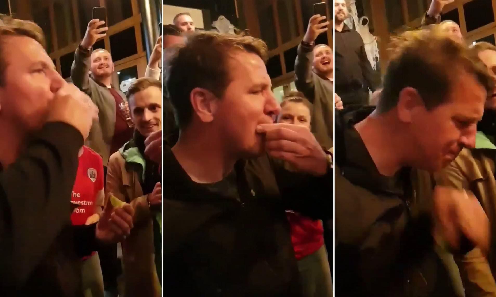 İstefasını azarkeşlərlə içki içərək qeyd etdi - VİDEO