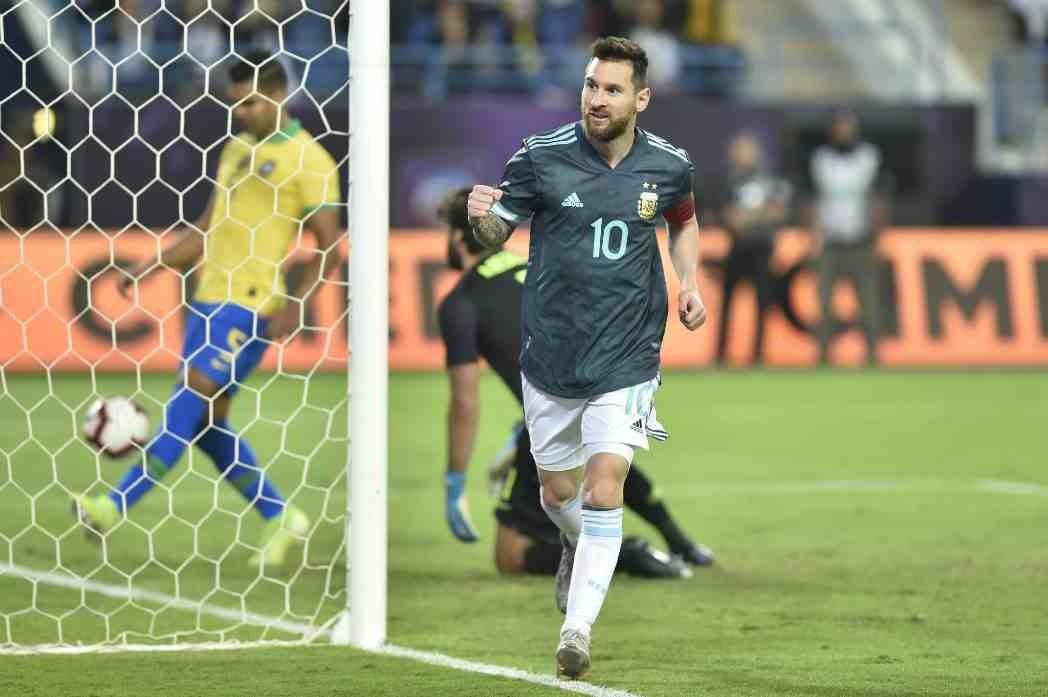 Argentina Braziliyanı Messinin qolu ilə məğlub etdi - VİDEO