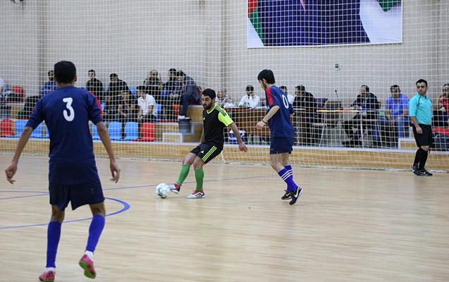 Azərbaycan futbolunda növbəti biabırçılıq - hakimi döydülər