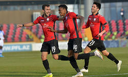 https://www.sportinfo.az/idman_xeberleri/azerbaycan_futbolu/73668.html