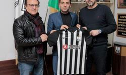 https://www.sportinfo.az/idman_xeberleri/qalmaqal/75576.html