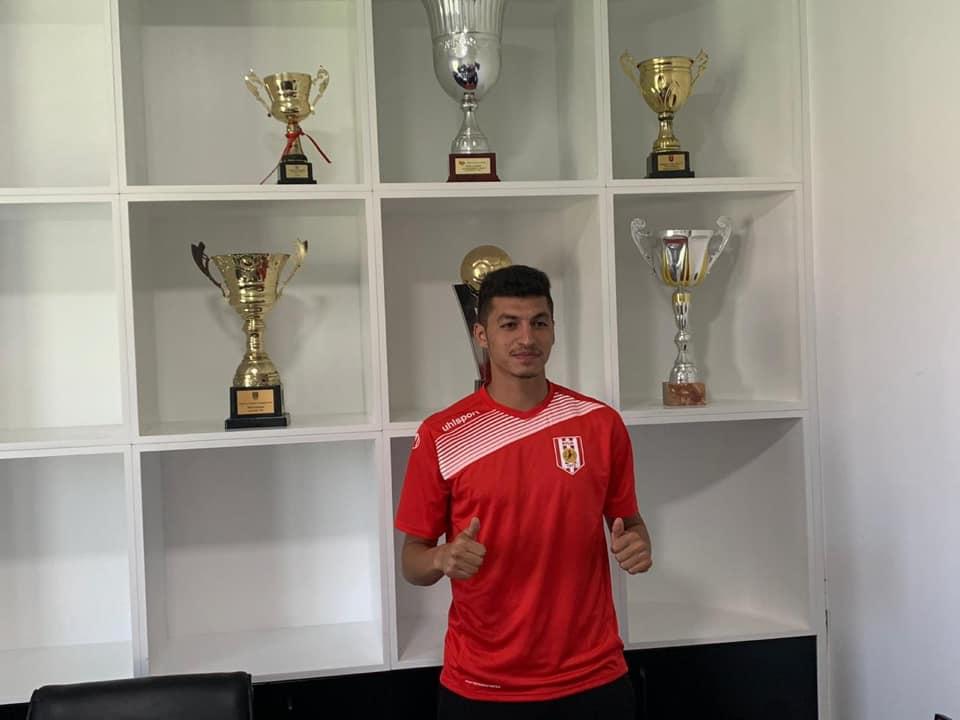 Albaniyada azərbaycanlı futbolçunu gözləyirlər