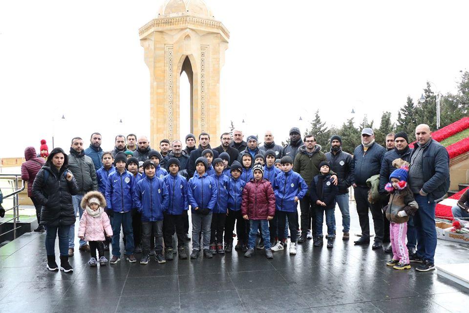 Azərbaycan klubu Şəhidlər Xiyabanında - FOTOLAR