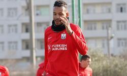 https://www.sportinfo.az/idman_xeberleri/neftci/76707.html