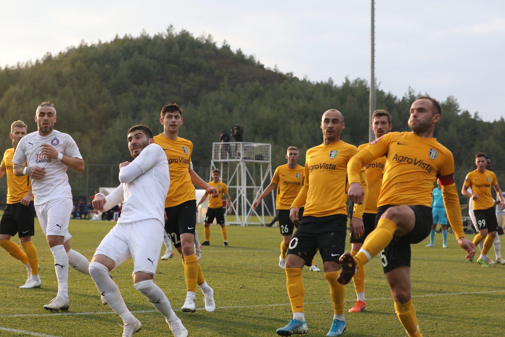 Millimizin futbolçusu ermənilərə qarşı oynadı - VİDEO
