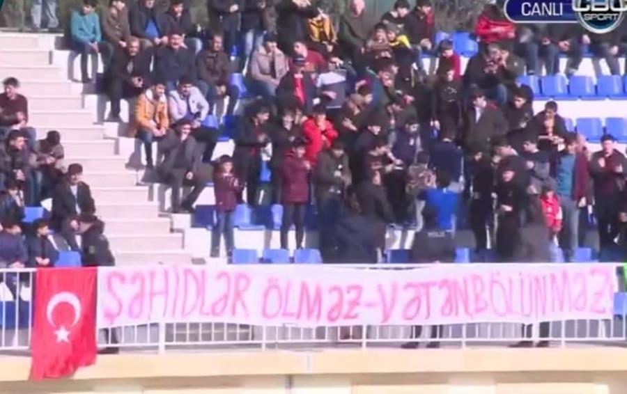 Sumqayıtlı azarkeşlərdən Türkiyəyə dəstək - FOTO