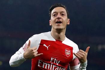 """Mesut Özil yayda """"Fənərbaxça""""ya keçəcək?"""