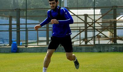Abbasov komandasına bir neçə futbolçu götürdü -