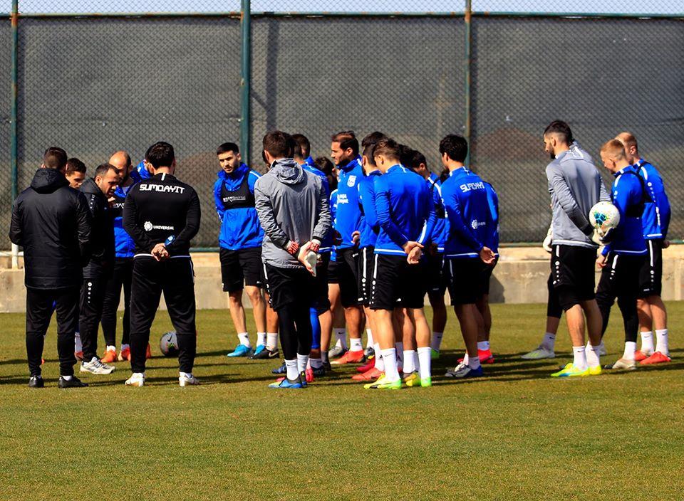 Abbasov komandasına bir neçə futbolçu götürdü - FOTOLAR