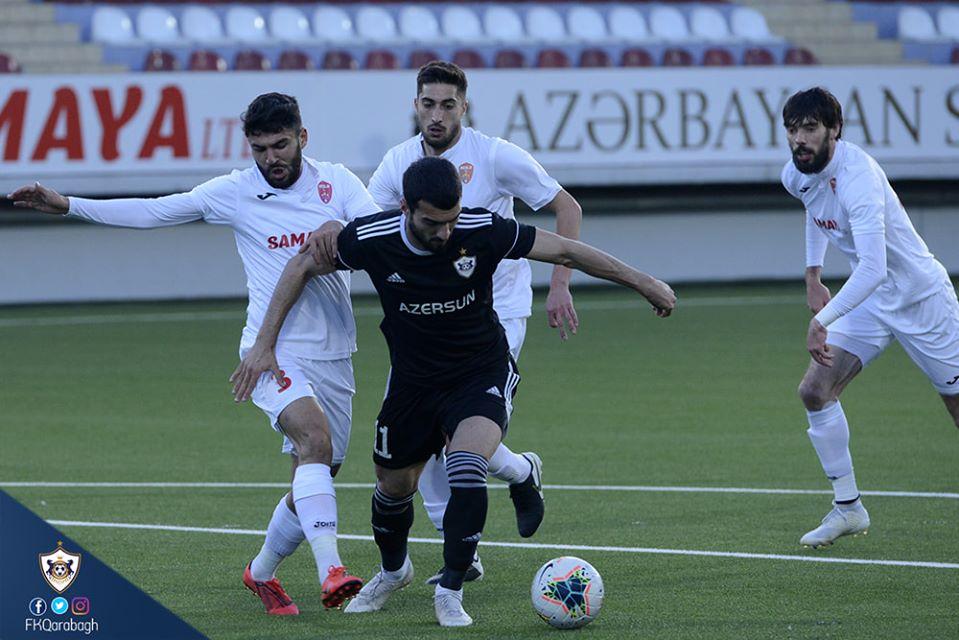"""""""Qarabağ""""ın 3 futbolçusu  tualet kağızı ilə… MARAQLI AKSİYA"""