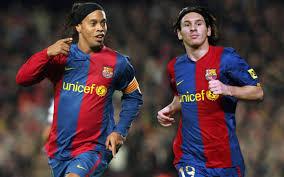 Messi Ronaldinyoya görə pul vermək istəmir