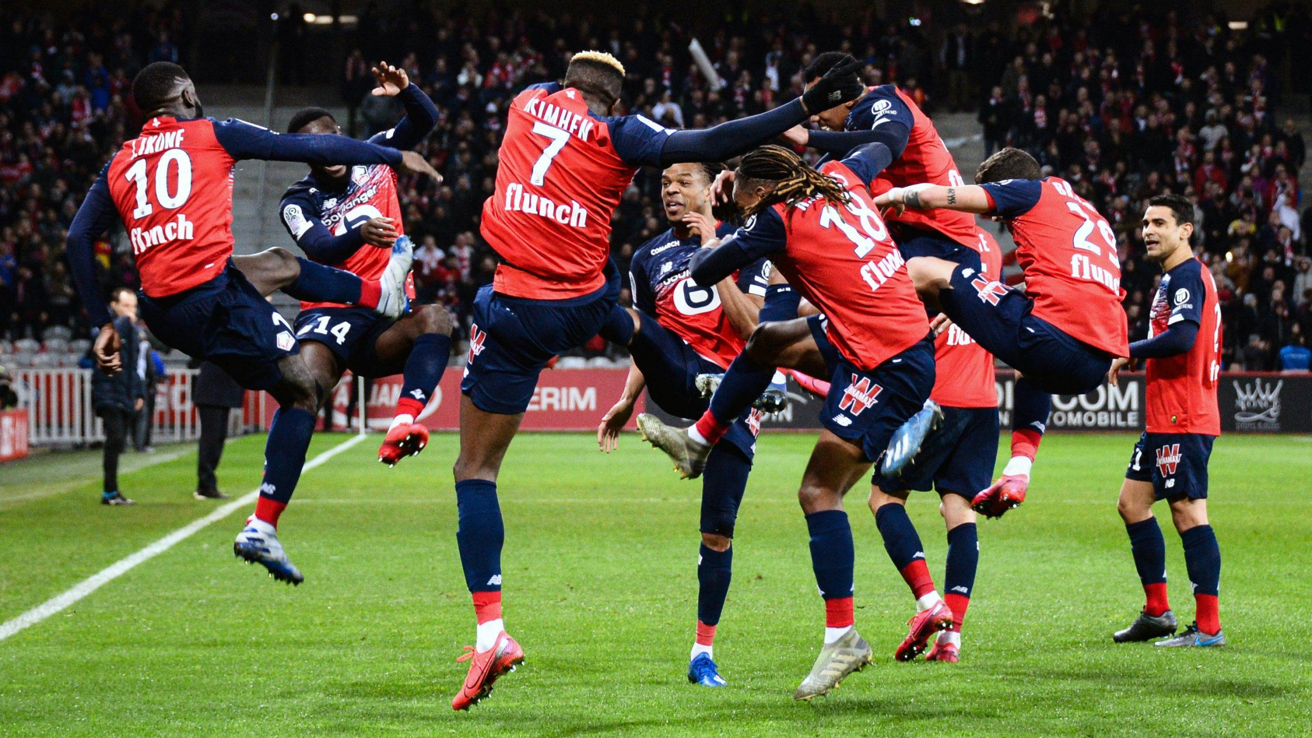 Klubun 3 futbolçusunda koronavirus aşkarlandı - FOTO
