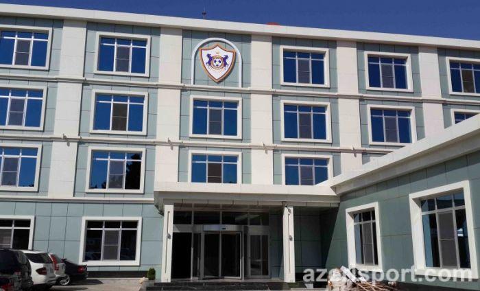 """""""Qarabağ""""dan cavab: """"Heç kim bazaya gedib-gəlmir"""""""