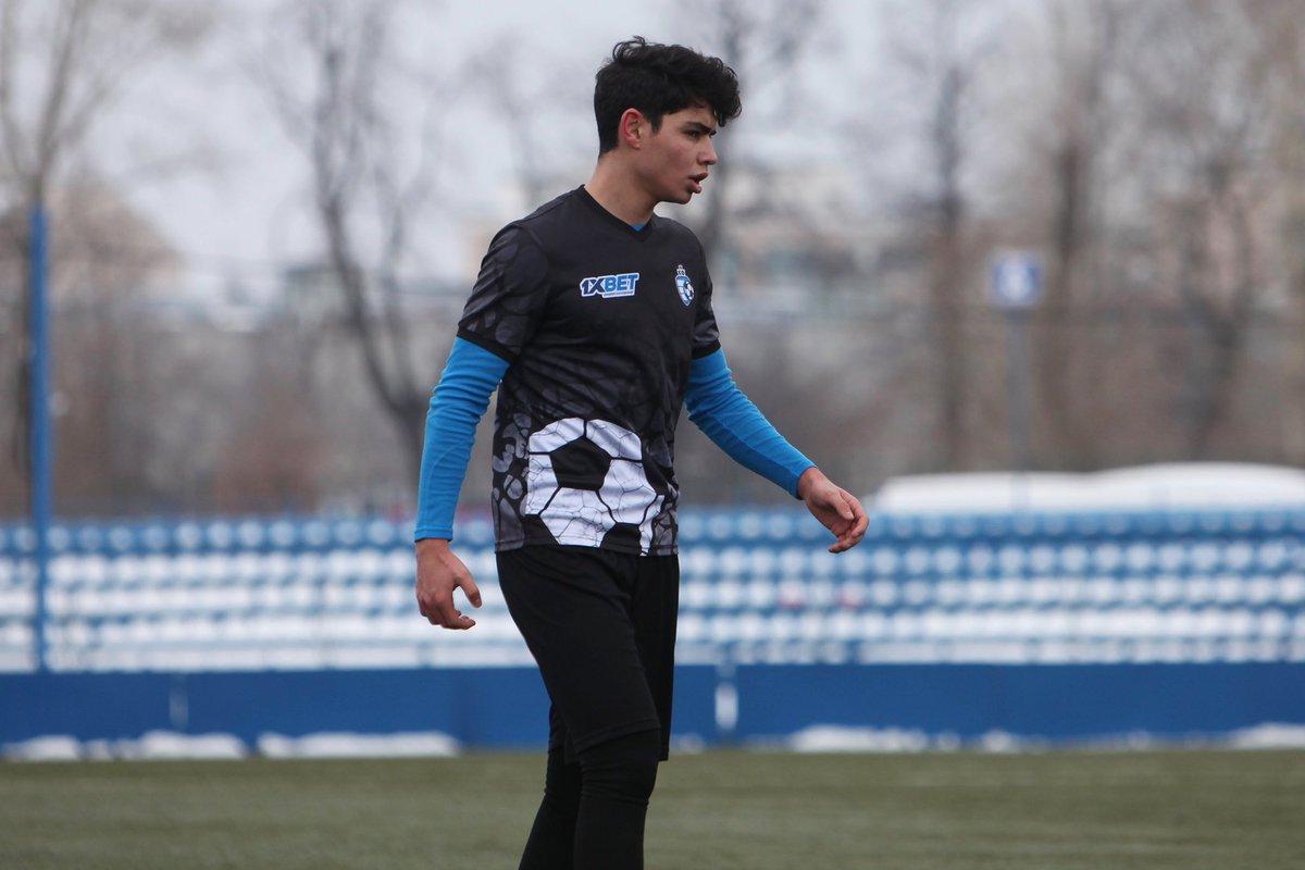 Rusiyada doğulan futbolçu hansı klubumuzla anlaşıb?