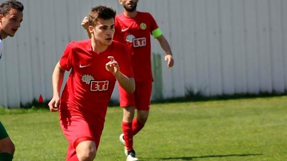 FOTO - 20 yaşlı futbolçu avtoqəzada dünyasını dəyişdi