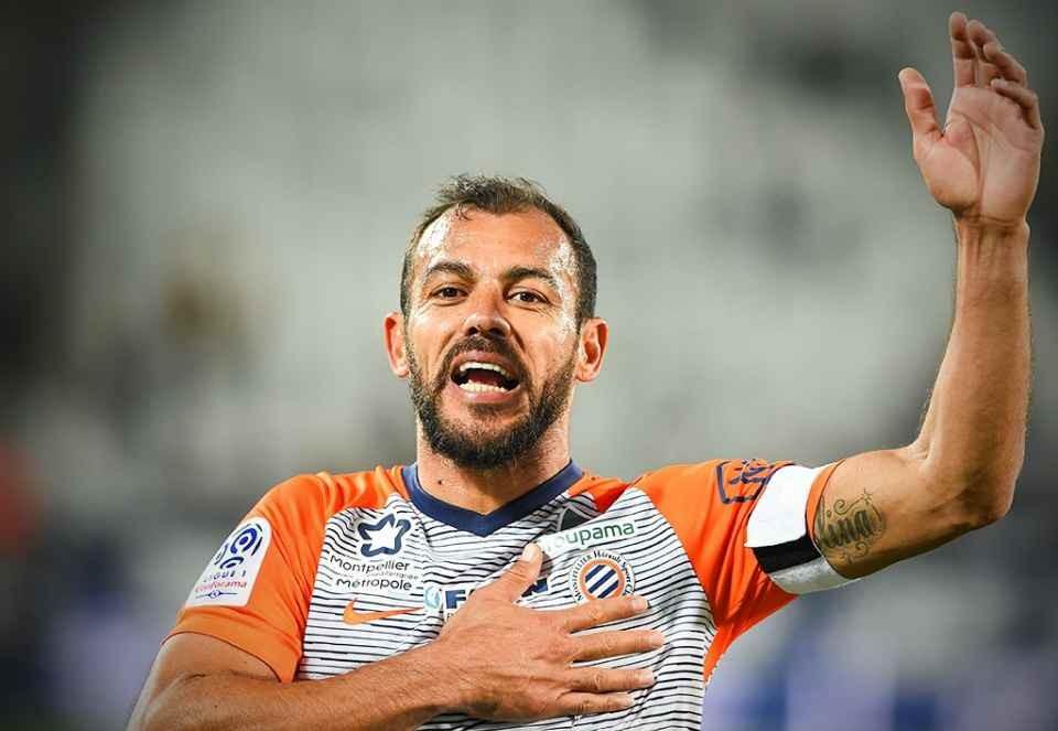 42 yaşlı futbolçunun müqaviləsini uzatdı - Fransa klubu