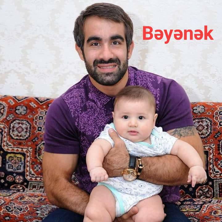 Ağayev körpə oğlunun FOTOsunu paylaşdı