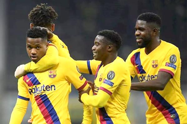 """""""Barselona""""nın futbolçusu ilə danışıqlar aparır -"""