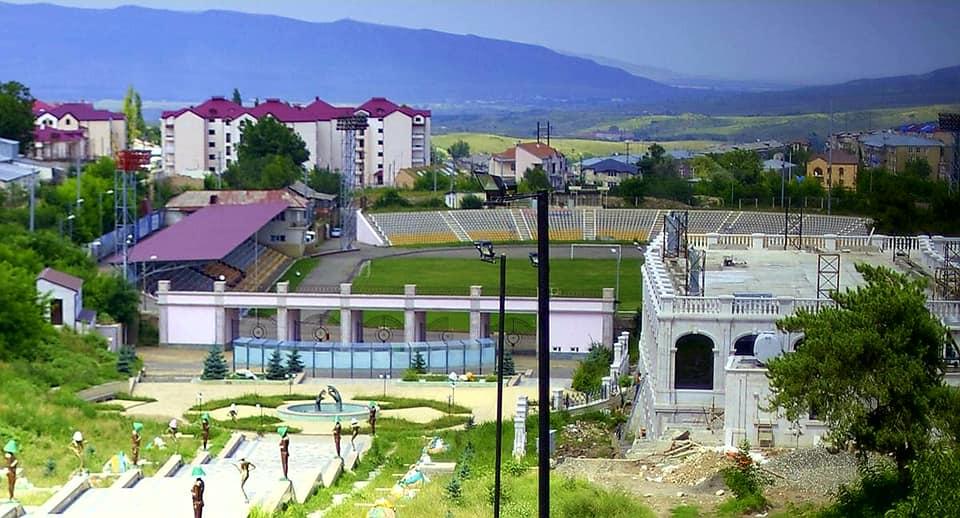Bölgələri futbolsuz qoyan erməni xislətlilər - FOTOLAR