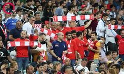 https://www.sportinfo.az/idman_xeberleri/dunya_futbolu/85352.html