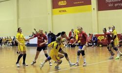 https://www.sportinfo.az/idman_xeberleri/hendbol/86658.html