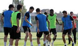 https://www.sportinfo.az/idman_xeberleri/neftci/87877.html