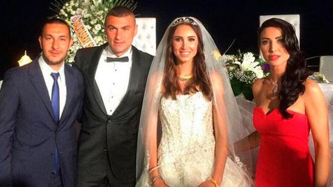 Burak Yılmaz keçmiş arvadı ilə yenidən evlənir - FOTOLAR
