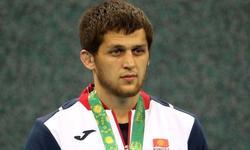 https://www.sportinfo.az/idman_xeberleri/qalmaqal/89743.html