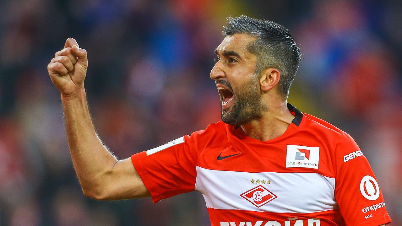 Tanınmış azərbaycanlı futbolçu karyerasını bərpa etdi