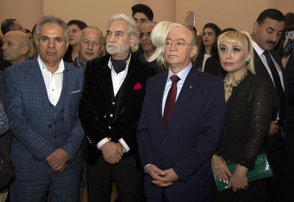 Tale Heydərovun ailəsi müjdələndi - FOTOLAR