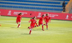 https://www.sportinfo.az/idman_xeberleri/qadin_futbolu/92021.html