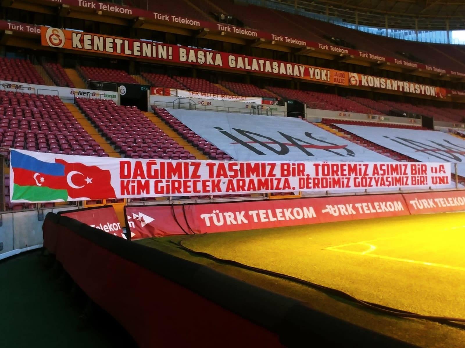 """""""Qalatasaray"""" Azərbaycana dəstək şüarları yerləşdirdi: FOTO"""