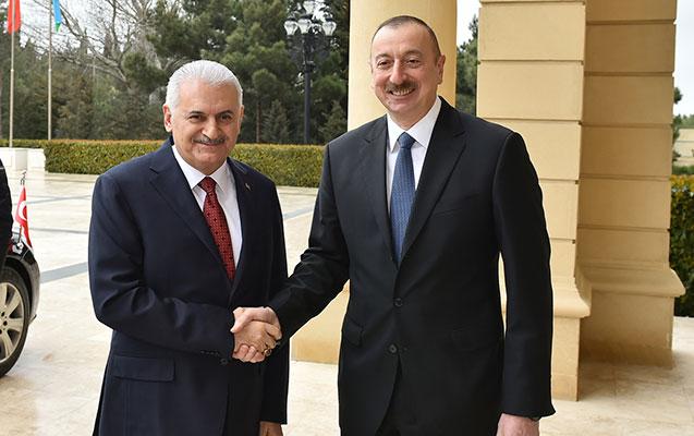 """""""İşğalçı erməni ordusunu qarşınızda diz çökdürdünüz"""" - Binəli Yıldırımdan təbrik"""