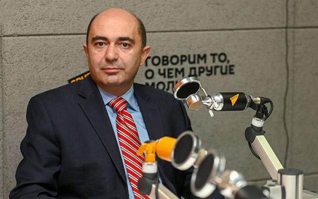"""""""Paşinyan humanitar atəşkəsi ordunu yenidən toplamaq üçün istəyib"""""""