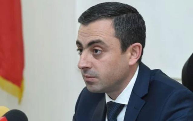 """""""Türk qarşısında diz çökmüş lider danışıqlar apara bilməz"""""""