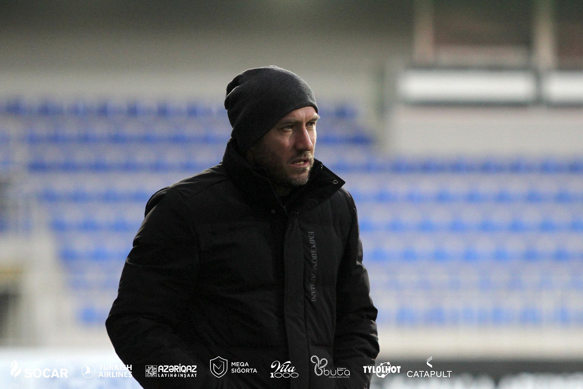 """Abasov tərəddüdə düşdü, """"Neftçi"""" yenə nigeriyalı transferinə döndü"""
