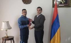 https://www.sportinfo.az/idman_xeberleri/hadise/103607.html