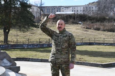 """Prezidentin Şuşa mesajları: yaxındakı Xankəndiyə, uzaqdan """"status"""" deyənlərə..."""