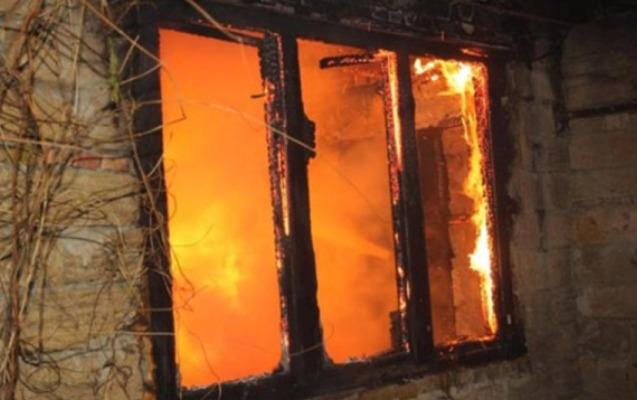 Şuşada hadisə baş verdi, dördotaqlı ev yandı - FOTO