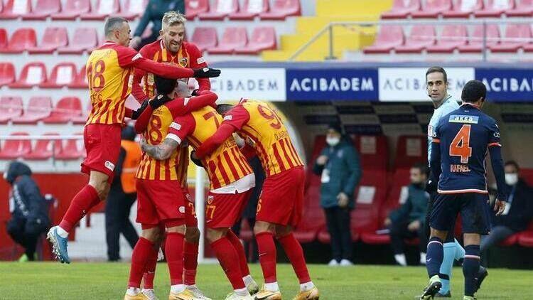 """""""Trabzonspor"""" qazandı, """"Başakşəhər"""" uduzdu - VİDEOLAR"""