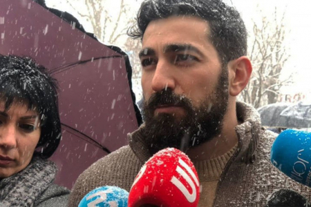 """""""Atam Qarabağa getdi, ancaq ona məhəl qoymadılar"""" - Koçaryanın oğlu"""