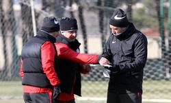 https://www.sportinfo.az/idman_xeberleri/neftci/104560.html