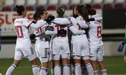 https://www.sportinfo.az/idman_xeberleri/qadin_futbolu/106771.html