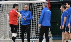 https://www.sportinfo.az/idman_xeberleri/futzal/107385.html