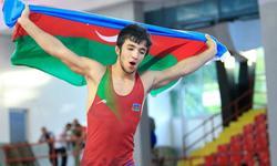 https://www.sportinfo.az/idman_xeberleri/gules/107480.html