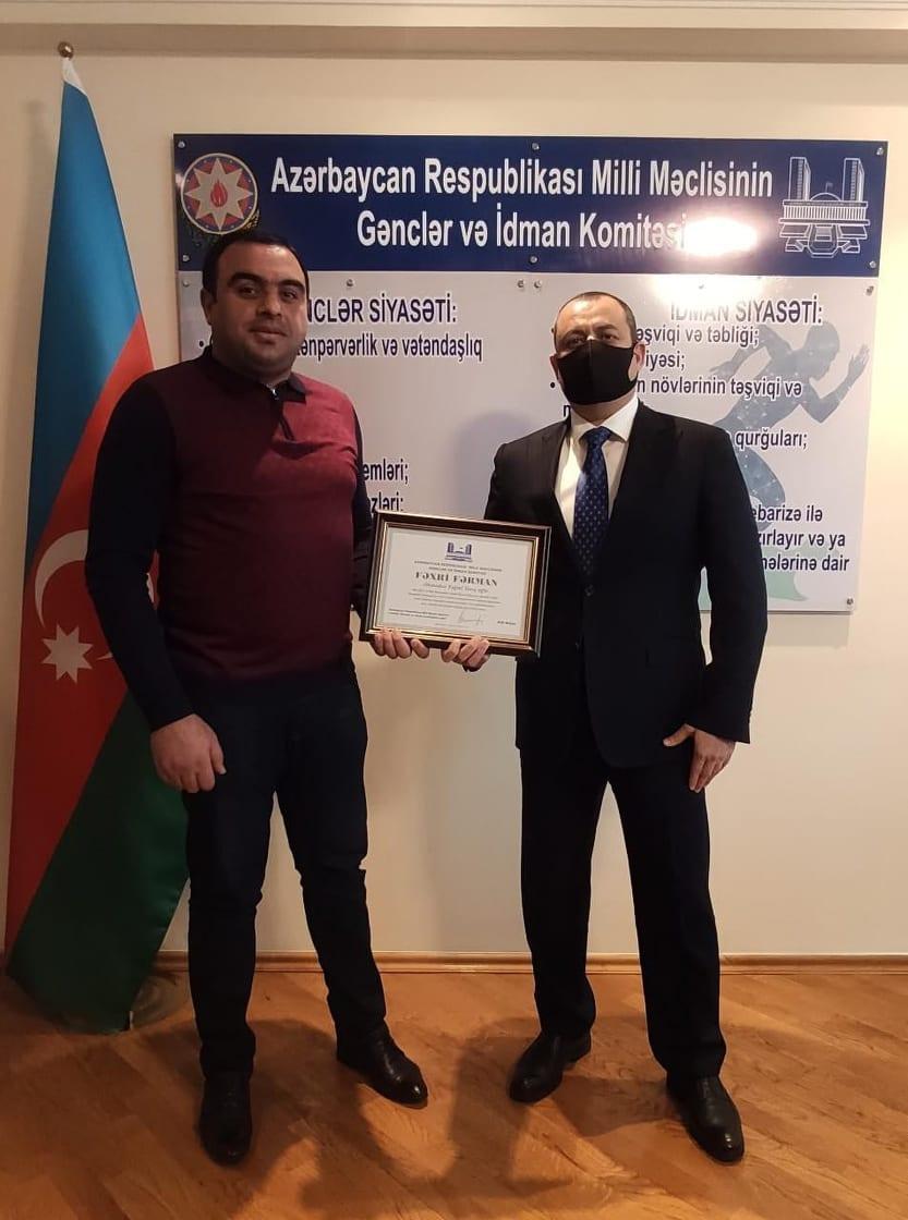 """Adil Əliyev """"Keşlə""""nin məşqçisini parlamentə dəvət etdi və... FOTO"""