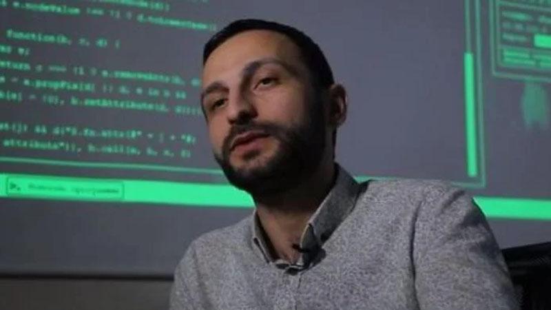 Paşinyanın evinə girən azərbaycanlı haker - VİDEO